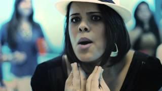 Homem é igual cabelo - Laire Moraes (Clipe Oficial)