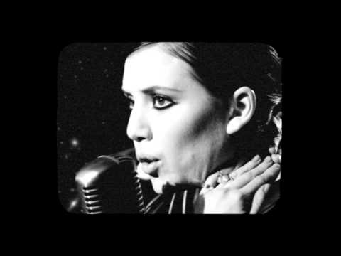 lykke-li-i-follow-rivers-live-on-the-moon-lykkelivideos
