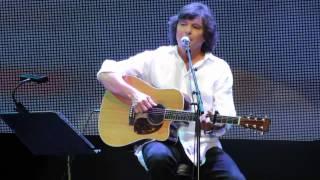 LUIS REPRESAS (Voz e Guitarra) @ Terreiro do Paço (Sorriso) 4-7-2015 MVI 4195