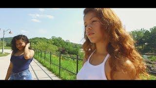 R.A La Fama   Le gusta mi coro (Video Oficial) by. Frilley Films