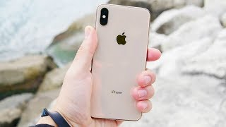 iPhone XS Max Review!