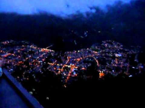 Баньос ночью