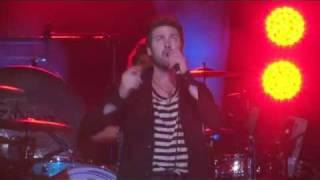 Kasabian - Days Are Forgotten (Melbourne Docklands 2011)