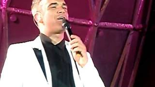 Robbie Williams / Take That - Pretty Things - Sunderland 27/05/2011