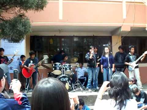 The Children Sing for Quito