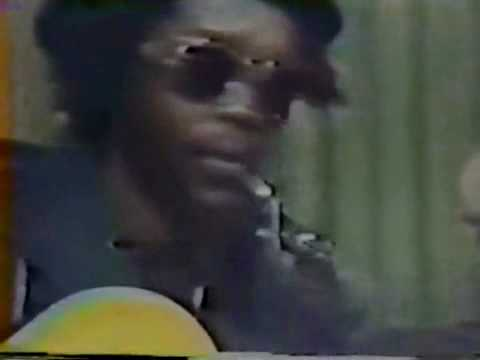 peter-tosh-acoustic-petertoshvideos