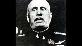 Mussolini invades greece