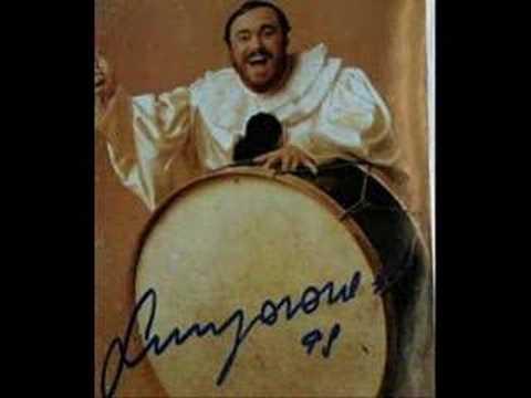 luciano-pavarotti-vesti-la-giubba-greekcallas