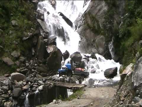 CAMINOS INTRANSITABLES POR LLUVIAS MONZÓNICAS EN NEPAL. TREKKING JOMSOM.MOD