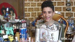 فتى مصري موهوب يصنع 1200 لعبة من علب الكانز