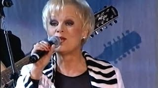 Katri Helena - Johnny Blue (Live)