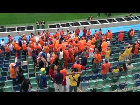 samurai Tun fight Holland supporter 2010