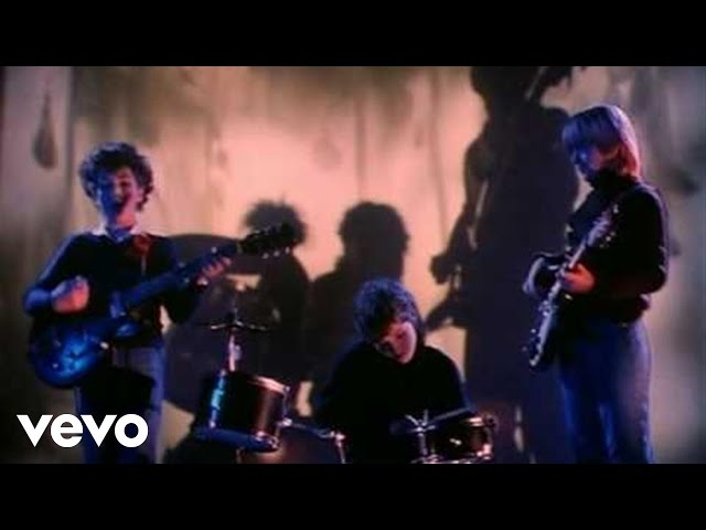 "Vídeo oficial de ""Boys Don't Cry"" de The Cure"