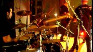 Santos Pecadores - Carro de guerra(Fragmento) en vivo 25 09 09