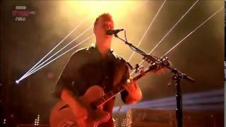 Queens Of The Stone Age - Go With The Flow (Live at Reading Festival 2014)