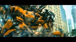 Transformers 3 Bumblebee vs Soundwave - daft punk - robot rock