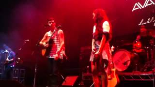 Alex & Sierra - Little Do You Know? (Live at Avalon)