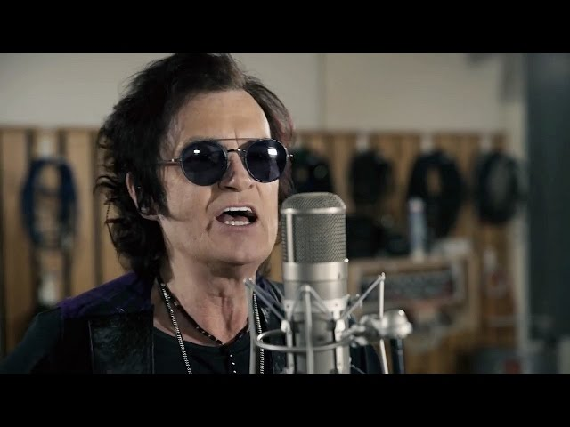 Video oficial de la canción Long Time Gone de Glenn Hughes