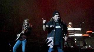Lynyrd Skynyrd - Gimme Three Steps Live