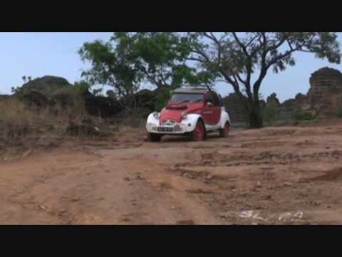 Saharaeend, part 6 with a 2cv through Africa