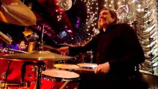 Kasabian - Empire Live on Jools Annual Hootenanny New Year 2009 - 2010