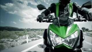 2013 Kawasaki Z800 official video