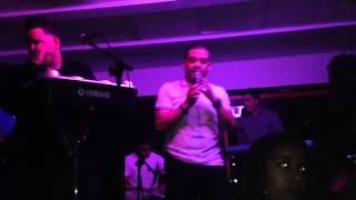 Grupo Tentación Bachata - De Rodillas te Pido (Live @ U Spo