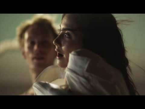 Last Dance En Espanol de The Raveonettes Letra y Video