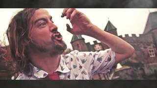 SpaceKees x Yung Felix ft. Kleine Jay: Episch.