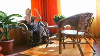 Denisa si Mr Juve - In casa mea e cineva
