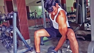 Biceps बनाने के लिए बेस्ट वर्कआउट प्लान width=