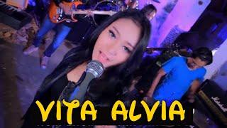 Senggol Bacok - Vita Alvia