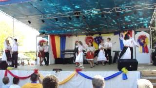 """Invartita dance by """"Tricolorii - Juniori"""" at Romanian Food Festival 2012 (4 nov.)"""