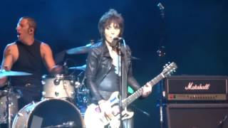 "Joan Jett & The Blackhearts - ""I Love Rock 'n' Roll"" (Live in San Diego 6-9-16)"