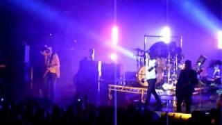 Kasabian - Stuntman (Royal Albert Hall TCT 27-3-09)