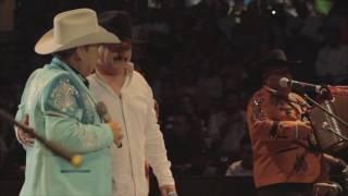 Los Traileros del Norte Ft Hector Treviño ( El Golpe ) Arrastrando la Cobija ( Video Oficial )