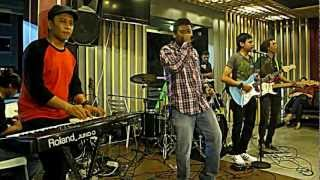 [HD] RANGGA 'N THE GHETTO - COLLIE HERB MAN / REGGAE LIVE @KFC CIDENG.MOV