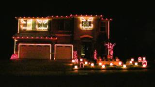 Halloween Light Show 2010 HD - Pump It  ( Black Eyed Peas )