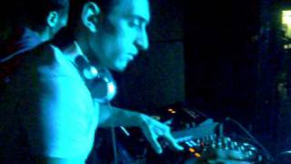 Dj Cemkaan Live Performanc2