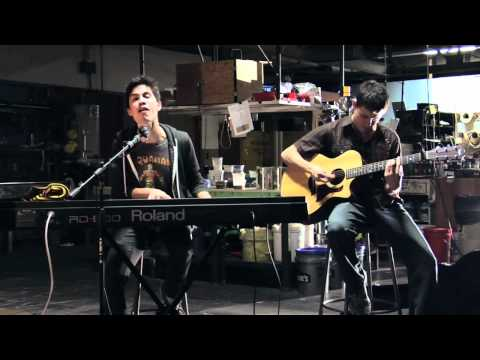 Firework Grenade de Sam Tsui Letra y Video