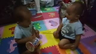 Twins baby boy fighting for pop mie #popmie #indofood