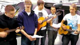 Jim, Johan, Filip, johan och Fredrik spelar och sjunger 20100312 007.MOV