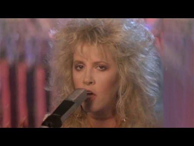 'Seven Wonders', interpretado en directo por Fleetwood Mac.