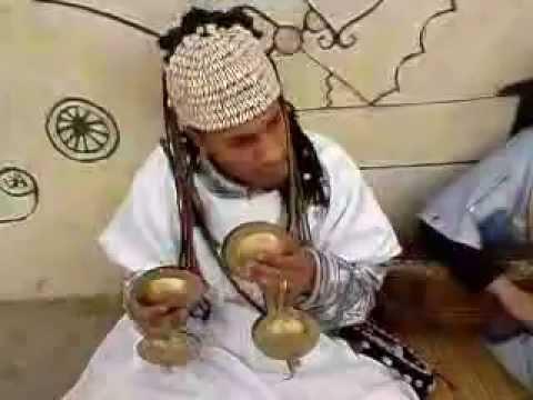 Morocco,Asilah street music (by SE C905)