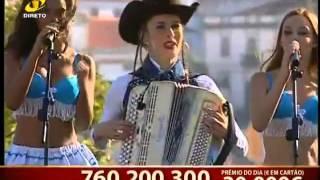"""QUINA BARREIROS """"Eu avio todos"""" em Santiago do Cacem na Festa da Senhora do Monte INFO: Para Festas"""