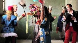 Trifono ,Τρίφωνο  - Σαν Παράσταση '  OFFICIAL ' music video