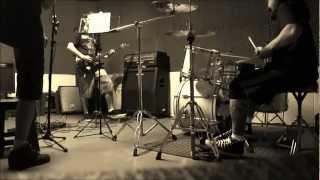 Seeds of Faith - Juninho no vocal e Kleber na bateria (Ensaio, Estudio Vox, Maringá - 2011)