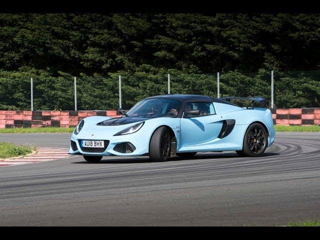 Lotus Exige Sport 410 skid