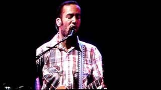 Ben Harper - Diamonds on the Inside - Live at QSAC Nov 2009