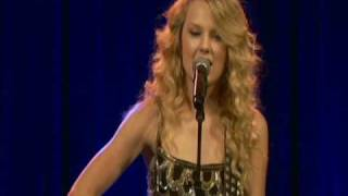 "Taylor Swift ""Fearless"" - Live at Taylor Guitars"